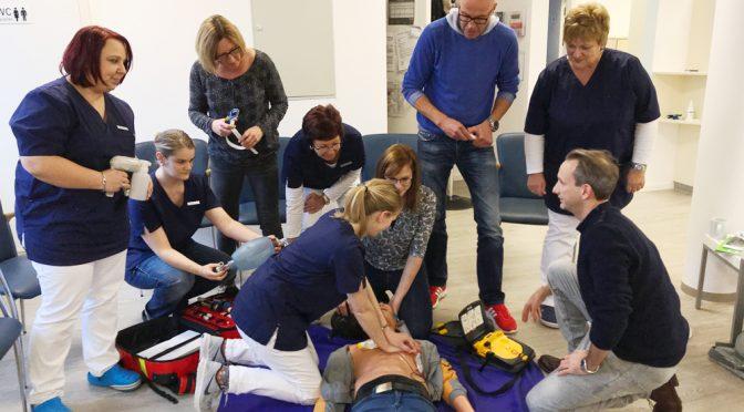 Notfall-Kurs in der Praxis Baumunk & Baumunk